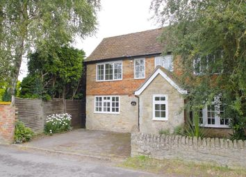 Thumbnail 3 bed cottage to rent in Bridge Road, Ickford, Aylesbury