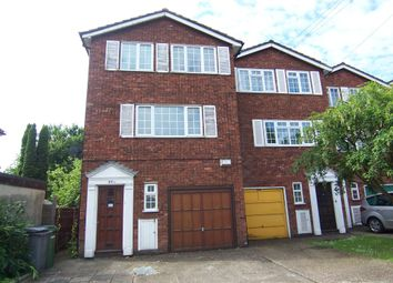 4 bed detached house to rent in Kenton Road, Harrow HA3