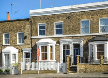 Thumbnail 1 bed flat to rent in Mackay Road, Clapham, London