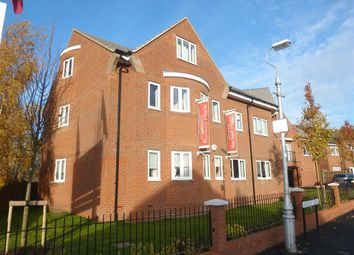 Thumbnail Flat to rent in Hedley Road, St.Albans