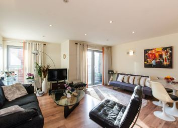 Thumbnail 2 bed flat to rent in Battersea Square, Battersea Square