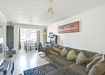 Thumbnail 1 bedroom flat to rent in Bourneside Crescent, Southgate