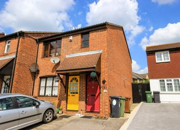 Thumbnail 1 bedroom flat for sale in Ashingdon Close, London