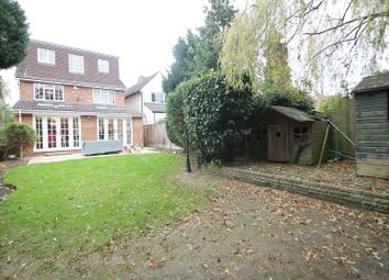 Thumbnail 5 bed property for sale in Silverdale Road, Bushey
