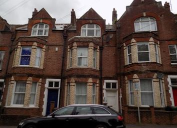2 bed flat for sale in Exeter, Devon EX4