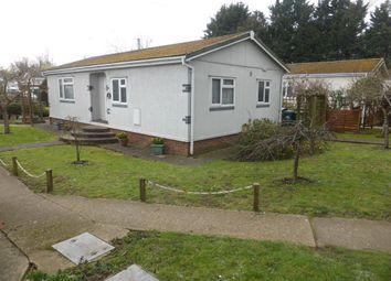 Thumbnail 2 bed mobile/park home for sale in Fordbridge Park, Fordbridge Road, Sunbury-On-Thames
