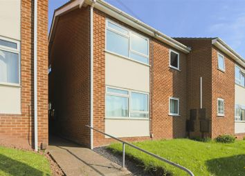 2 bed flat for sale in Calverton Road, Arnold, Nottinghamshire NG5