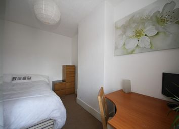 Thumbnail Room to rent in North Street, Room 3, Reading