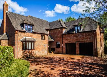 Thumbnail 5 bed detached house for sale in Saunders Close, Wavendon Gate