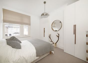 Thumbnail 2 bed flat for sale in Parish Lane, Penge