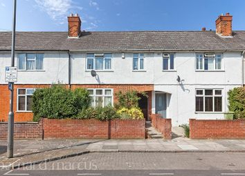 3 bed property to rent in Dawnay Road, London SW18