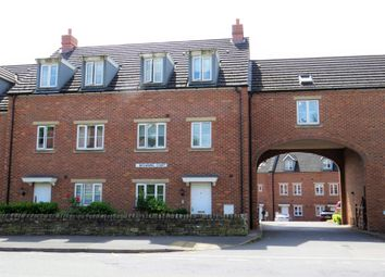 Thumbnail 2 bed flat to rent in Old Road, Brampton, Chesterfield