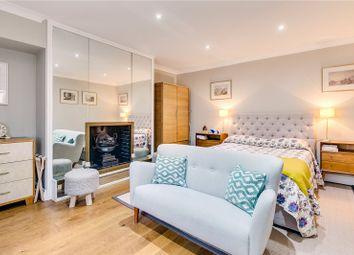 Thumbnail Studio to rent in Thurloe Place, South Kensington, London