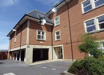 Thumbnail 2 bed flat to rent in Bath Road, Swindon, Wiltshire