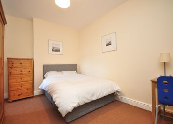 Thumbnail Room to rent in South End, South Croydon
