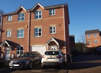 Thumbnail 3 bed town house for sale in Springwood Close, Thorpe, Wakefield