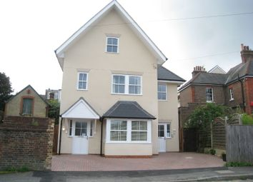 Thumbnail 2 bed town house to rent in Glovers Road, Reigate