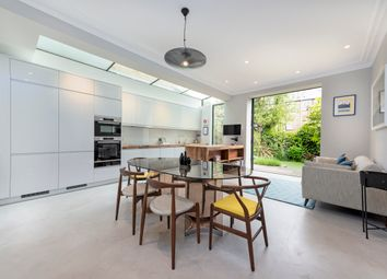 Thumbnail 5 bed terraced house for sale in Englewood Road, London