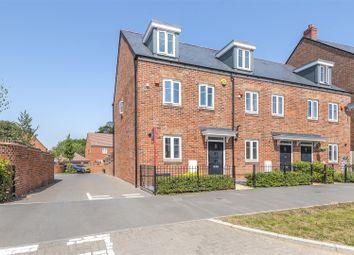 3 bed town house for sale in William Heelas Way, Wokingham, Berkshire RG40