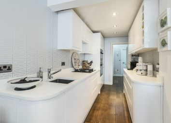 Thumbnail 3 bed flat for sale in Edith Grove, Chelsea, London