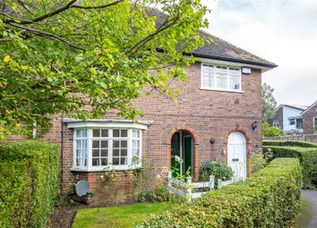Thumbnail 3 bed maisonette for sale in Neale Close, East Finchley, London