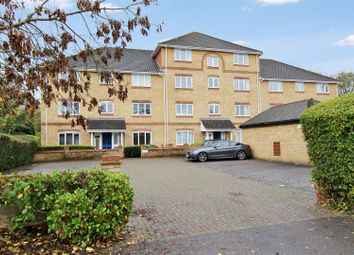 Thumbnail Flat to rent in Swan Mead, Nash Mills