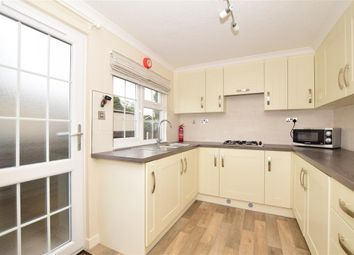2 bed mobile/park home for sale in East Hill Road, West Kingsdown, Sevenoaks, Kent TN15