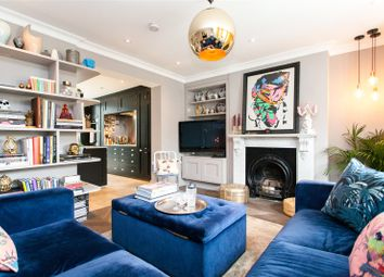 Thumbnail 3 bed flat to rent in Lauriston Road, South Hackney