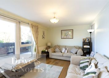 3 bed maisonette for sale in Hanmer Walk, Islington, London N7
