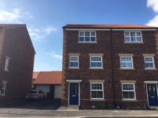 Thumbnail Town house to rent in Great Western Park, Harwell