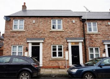 Thumbnail 2 bedroom town house for sale in Bright Street, York