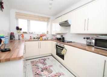 Thumbnail Flat for sale in Pellipar Close, London