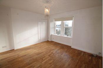 Thumbnail 3 bedroom flat to rent in Kinloch Street, Carnoustie