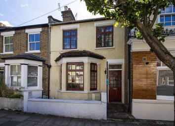 3 bed property for sale in Coningsby Road, London W5