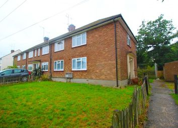 Thumbnail 2 bed flat to rent in Hawthorn Avenue, Brentwood