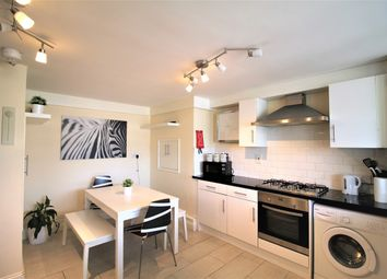 Thumbnail 4 bed flat to rent in Mallory Street, London