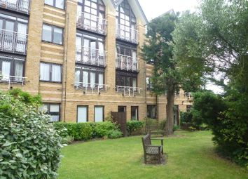 Thumbnail 2 bed flat to rent in Hamilton Square, Sandringham Gardens, London