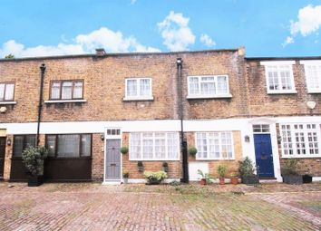 Thumbnail 3 bed mews house to rent in Northwick Close, London