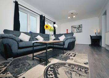 Thumbnail 2 bed flat to rent in Taffs Mead Embankment, Cardiff