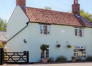 Thumbnail 3 bed cottage for sale in Yarmouth Road, Ellingham
