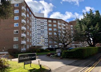 2 bed flat to rent in Grove Road, Bournemouth BH1