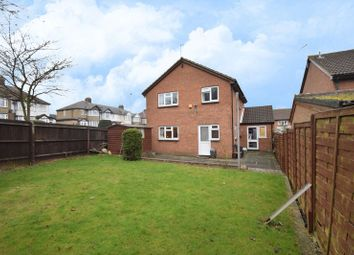 Thumbnail 4 bedroom detached house for sale in Leygreen Close, Luton