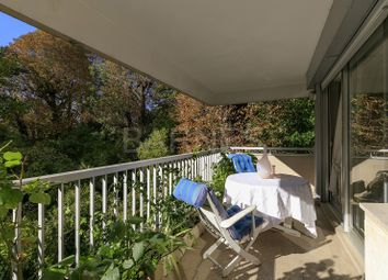 Thumbnail 2 bed apartment for sale in Boulogne Billancourt, Boulogne Billancourt, France