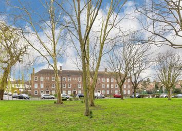 Thumbnail 4 bed flat for sale in Gracefield Gardens, London