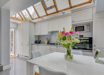 2 bed maisonette for sale in Archway Street, London SW13