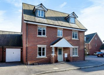 Thumbnail 5 bed link-detached house for sale in Royal Drive, Bordon