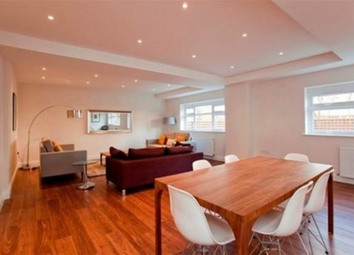 4 bed flat to rent in Buckle Street, London E1