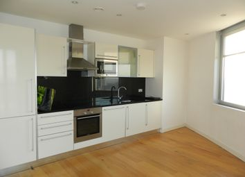Thumbnail 1 bed flat to rent in 9 Altyre Road, Croydon