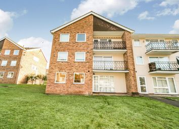 Thumbnail 3 bed flat to rent in Robin Way, Tilehurst, Reading