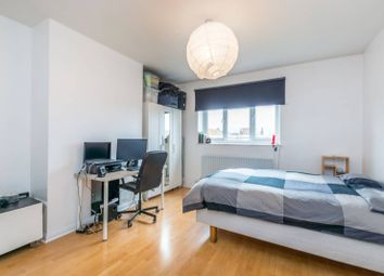 Thumbnail 2 bedroom flat for sale in Renmuir Street, Wandsworth